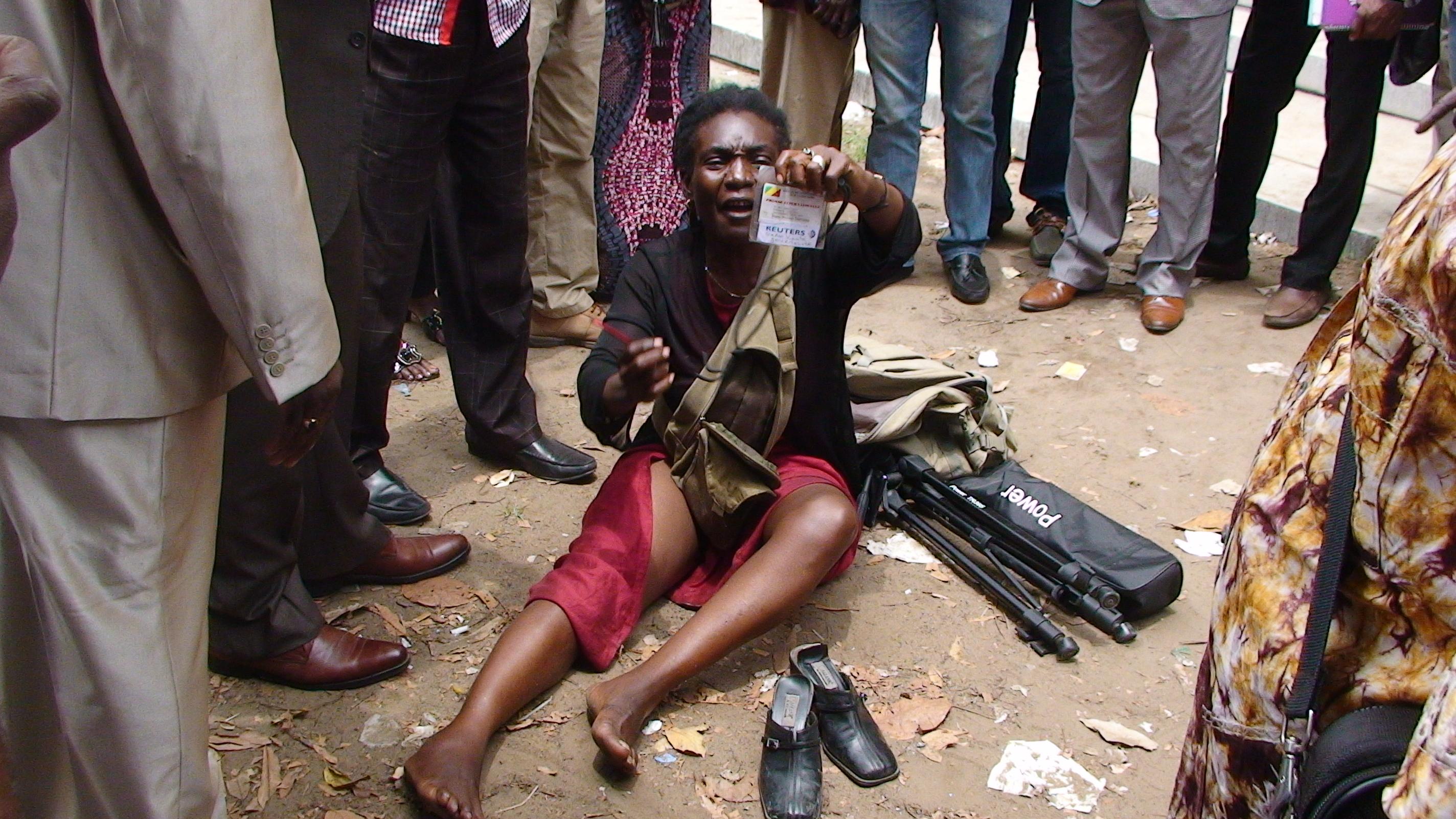 Sadio Kanté, tabassée par la police le 16 décembre 2013 à Brazzaville [Photo tirée de francaisdeletranger.org]